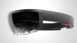 Microsoft a a dus imbuntatiri tehnologiei holografice HoloLens