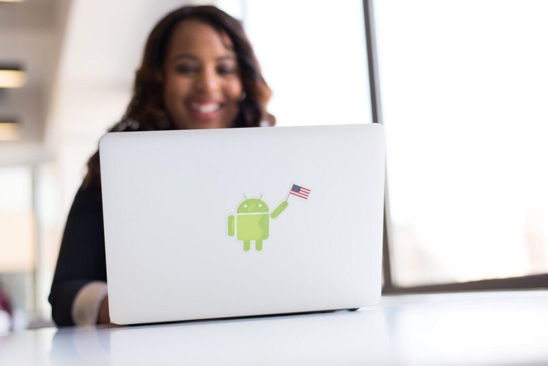 femeile industria tech
